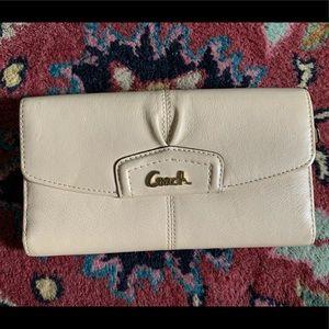 Wallet for Kristi